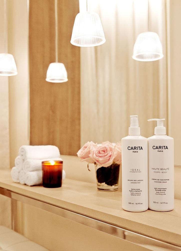 white product lighting