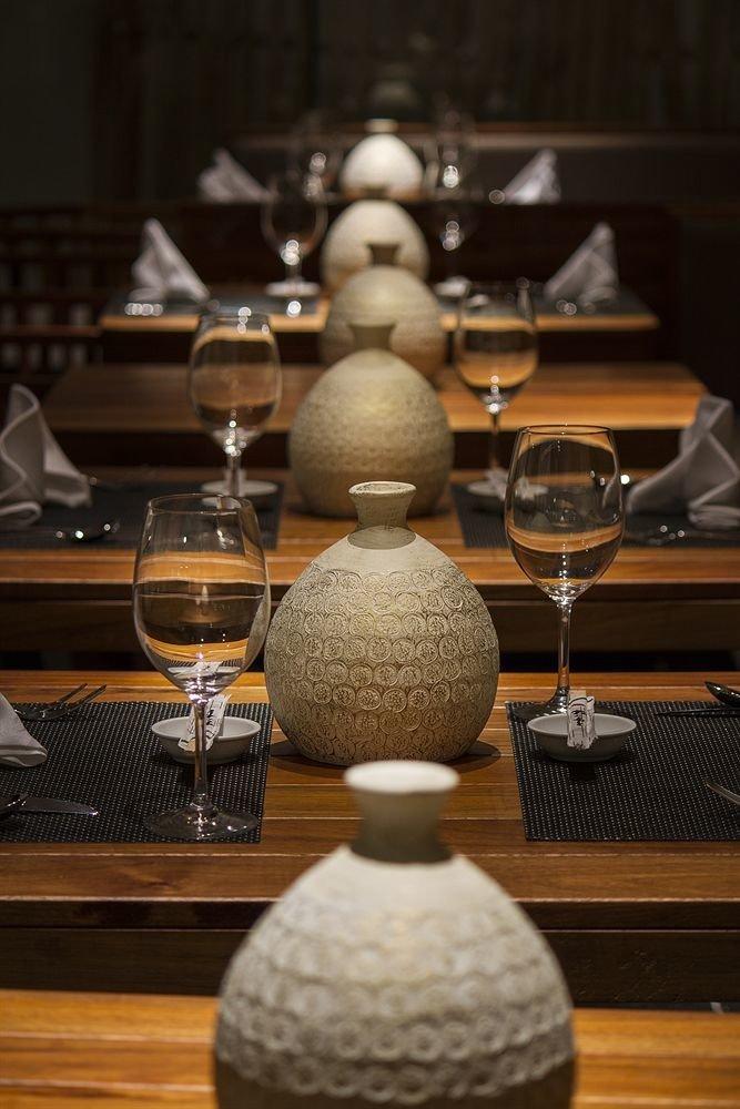 wine lighting wooden restaurant