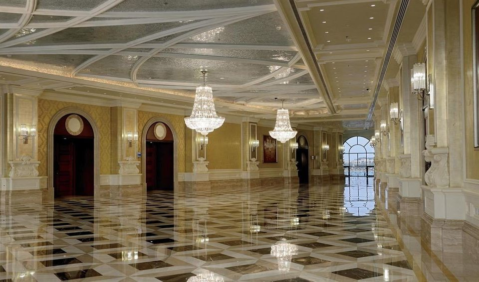 structure building Lobby palace aisle column ballroom tourist attraction art gallery ancient history hall museum colonnade