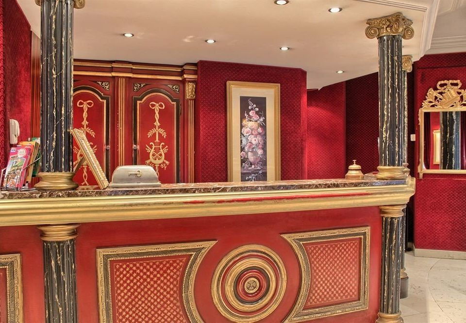 red palace Lobby altar synagogue
