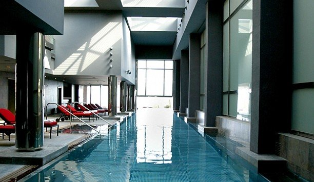 property building condominium swimming pool leisure centre Lobby loft daylighting amenity