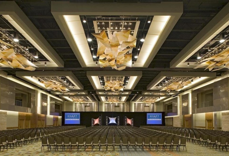 auditorium structure building performing arts center Lobby sport venue stage convention center arena theatre ballroom function hall shopping mall hall