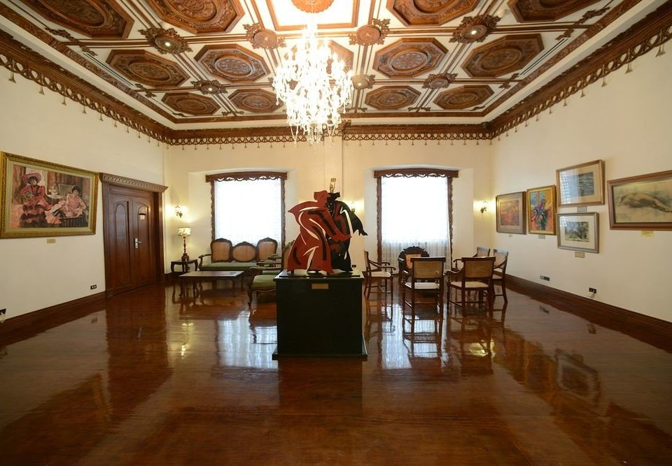 property building Lobby tourist attraction art gallery museum palace ballroom hall