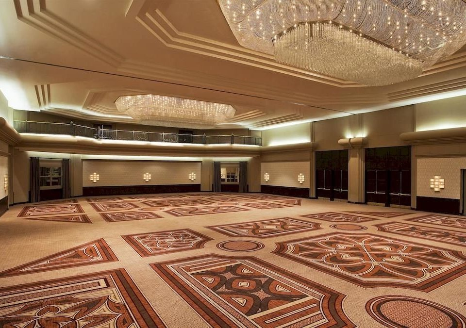 Lobby building property auditorium function hall conference hall recreation room mansion ballroom theatre convention center flooring yacht