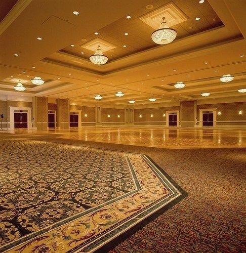 Lobby auditorium structure building sport venue flooring ballroom function hall convention center theatre hall empty