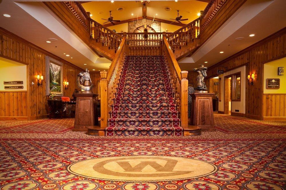 Lobby building function hall palace ballroom mansion flooring auditorium hall