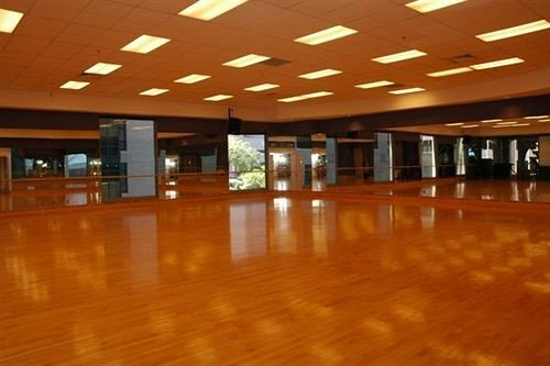 structure Lobby sport venue function hall auditorium convention center ballroom wood flooring empty recreation room conference hall flooring conference room restaurant