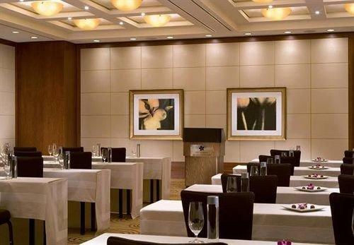 function hall conference hall Lobby restaurant auditorium convention center ballroom