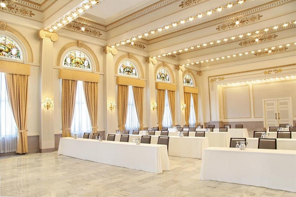 Lobby property function hall white ballroom auditorium convention center palace conference hall hall