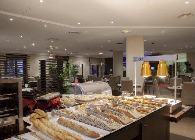 bakery restaurant counter Lobby
