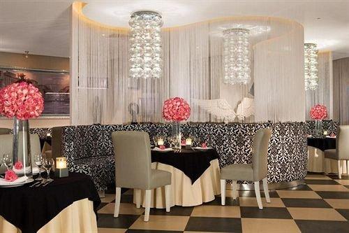 chair function hall living room restaurant lighting centrepiece banquet ballroom Lobby dining table