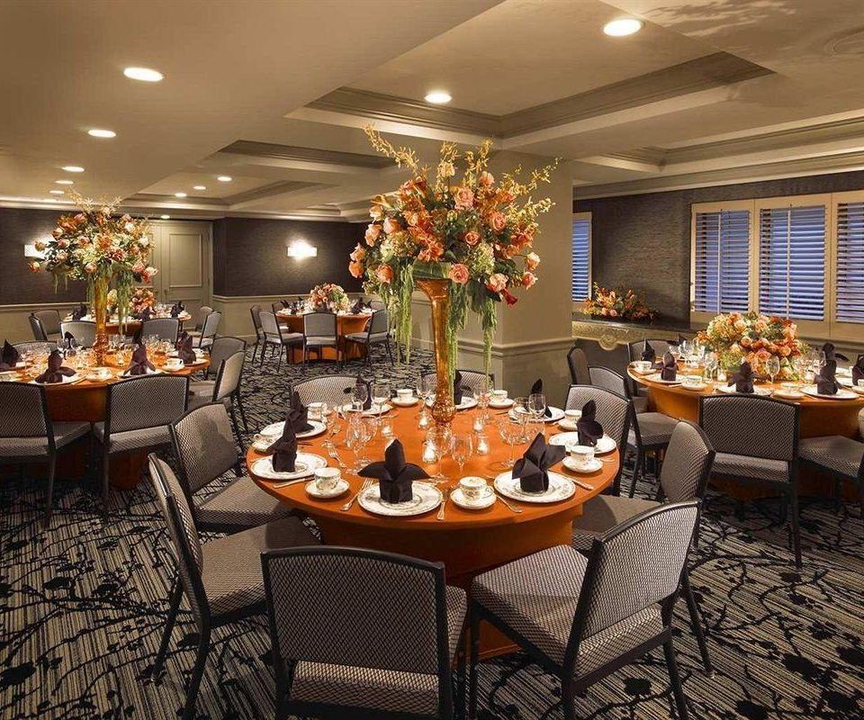 chair restaurant Lobby function hall brunch living room buffet ballroom set dining table