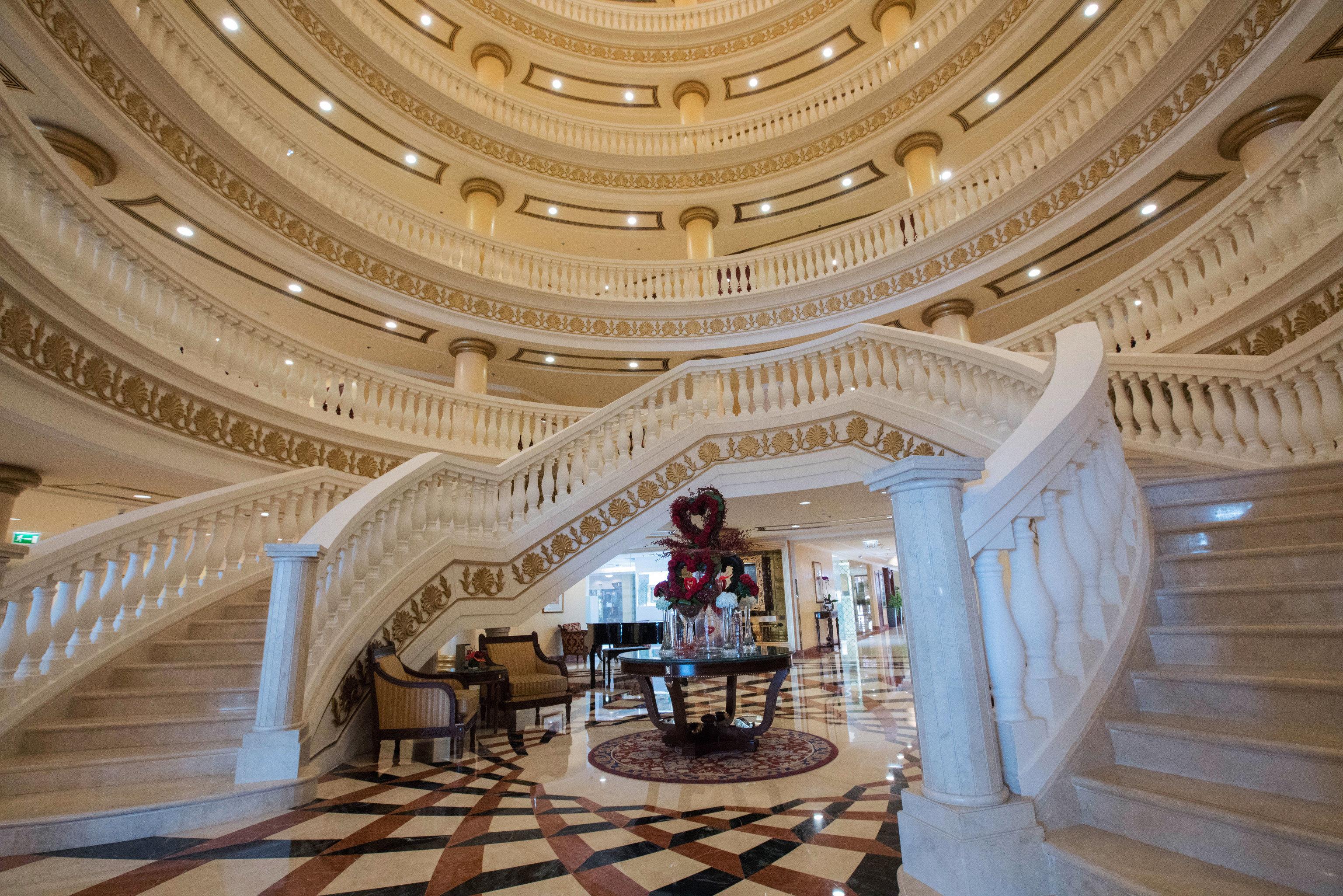 building Lobby palace ballroom function hall hall colonnade