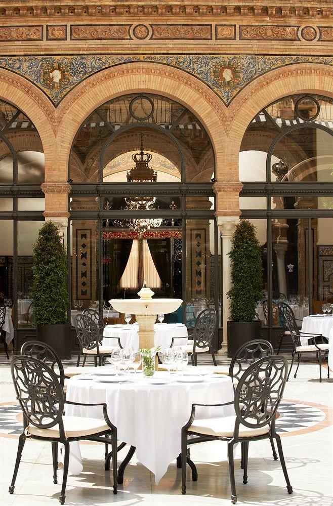 chair palace ballroom function hall restaurant Lobby colonnade