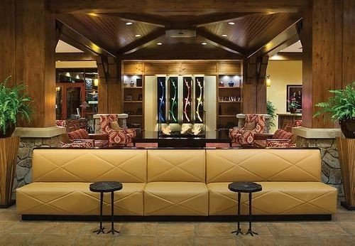 Lobby living room home recreation room function hall mansion ballroom restaurant