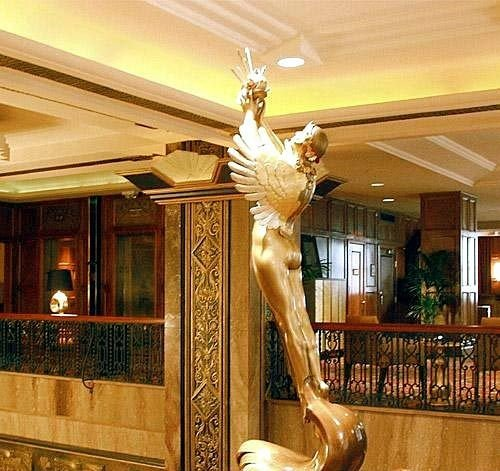 baluster lighting Lobby mansion
