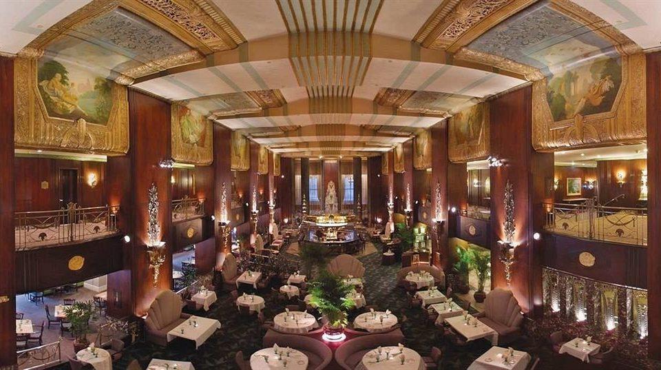 Lobby bazaar dining table