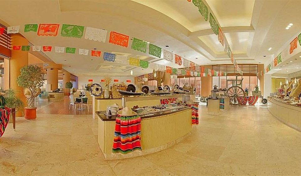 shopping mall retail building supermarket Lobby shopping outlet store cluttered