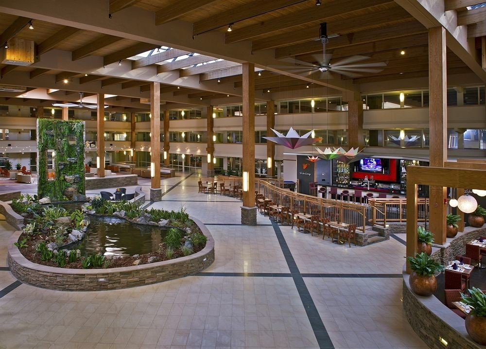 building shopping mall retail plaza Lobby outlet store convention center food court