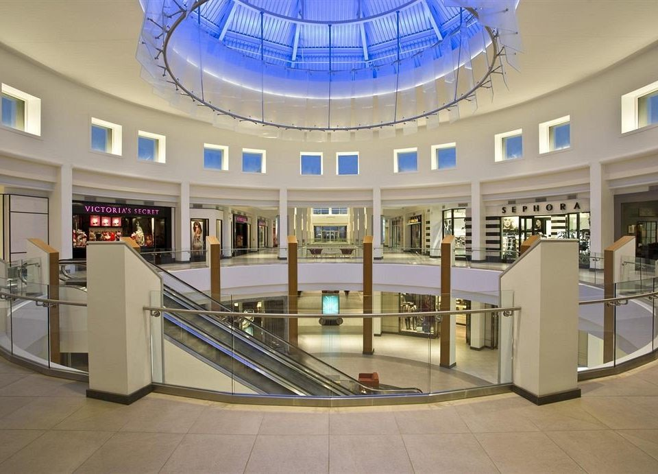shopping mall building Lobby retail leisure centre plaza convention center headquarters library