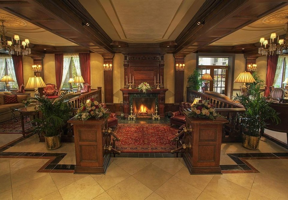 Lobby property building home mansion recreation room palace living room fancy