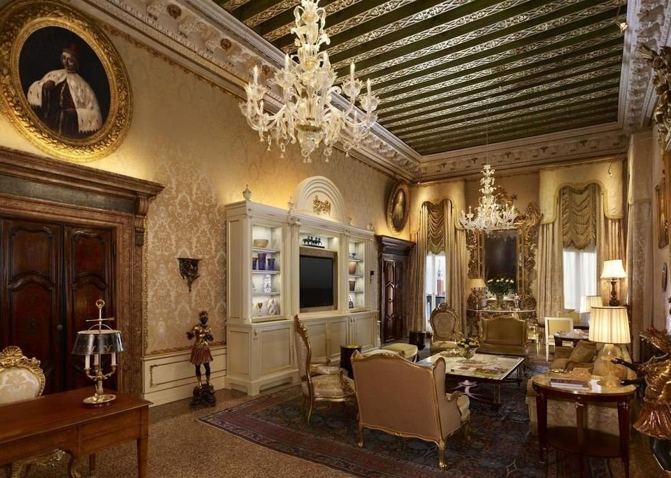 property building mansion palace home living room Lobby old