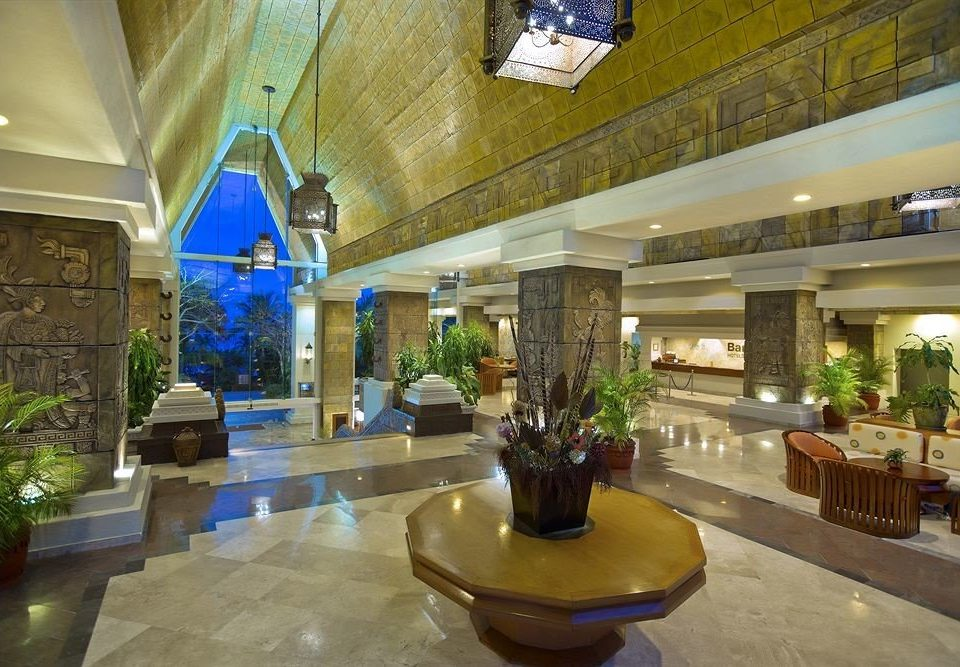 Lobby property building home plaza mansion restaurant