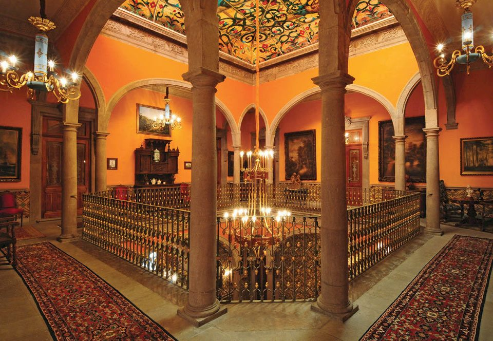 Lobby building palace mansion synagogue restaurant