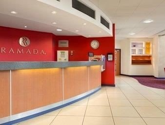 property building Lobby waiting room receptionist
