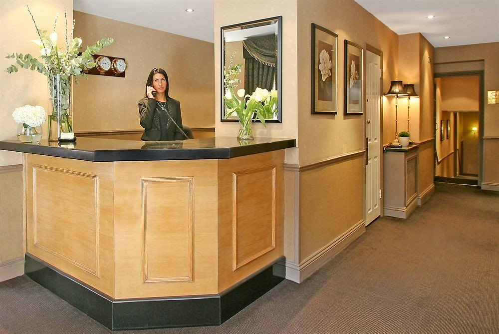 cabinetry receptionist Lobby home office flooring
