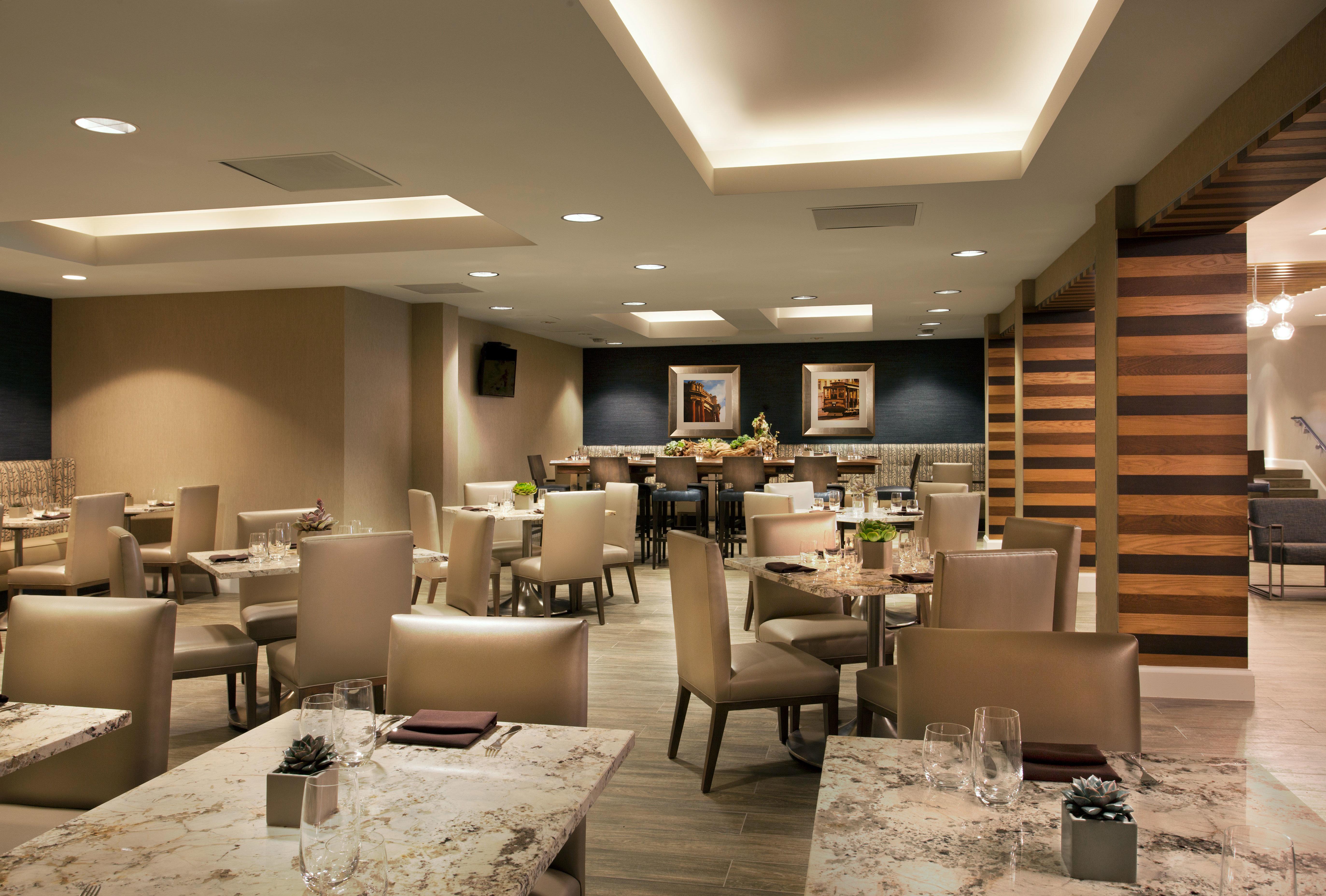 Lobby restaurant function hall conference hall living room condominium convention center café