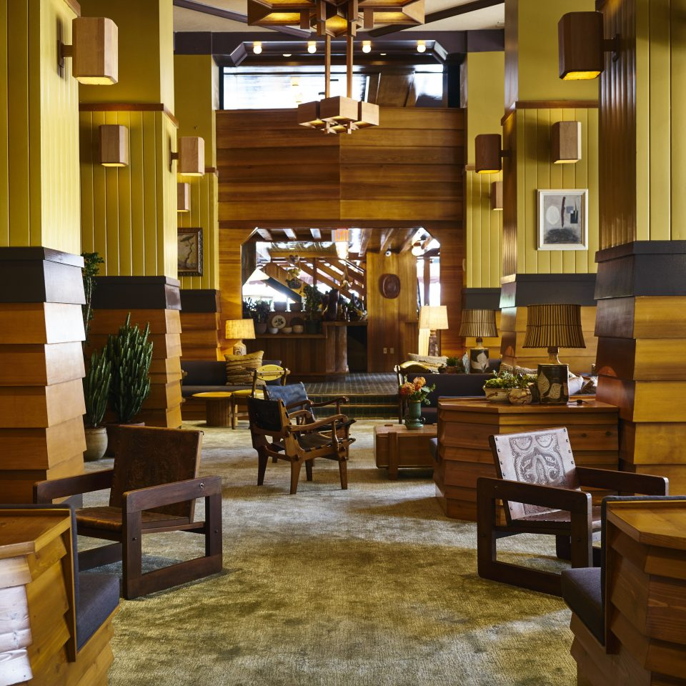 Lobby café restaurant living room