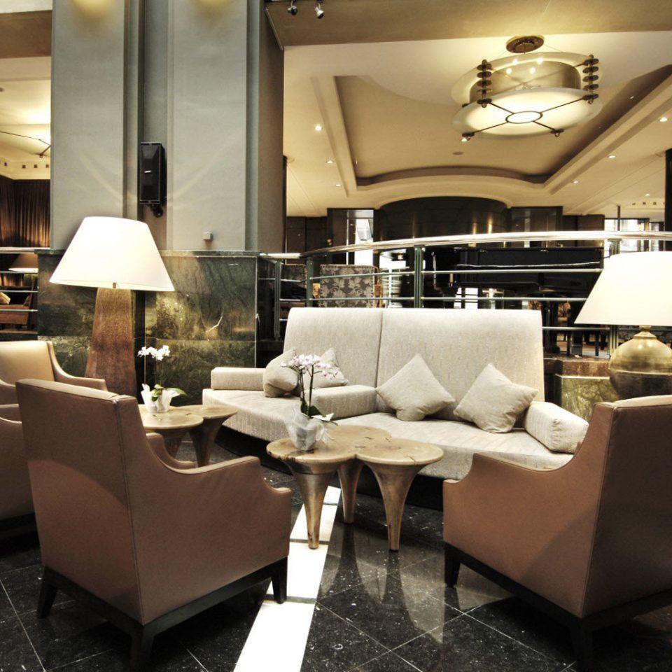 Lobby restaurant living room café