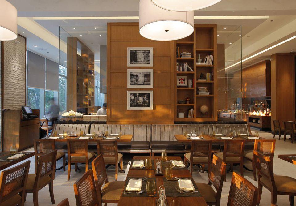 Lobby restaurant café