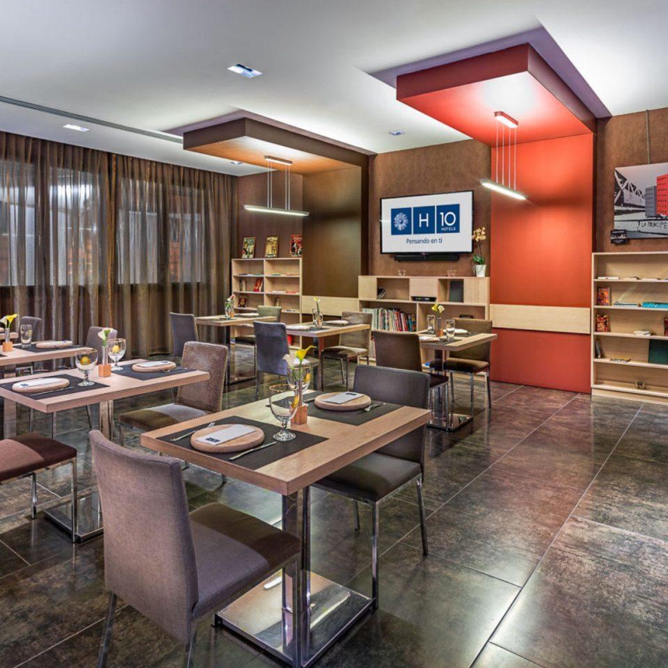 property Lobby restaurant cafeteria