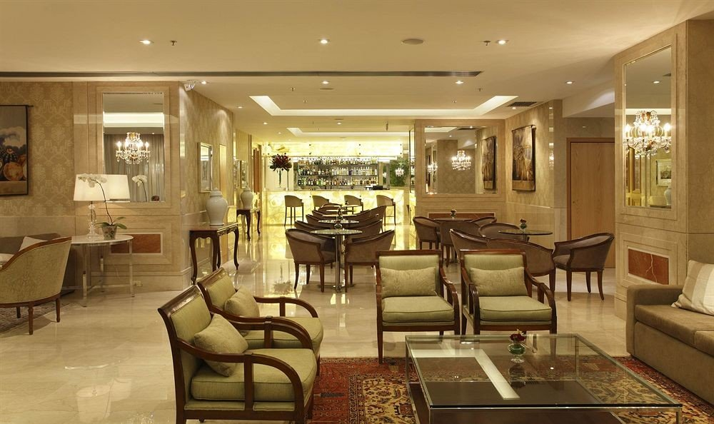 chair Lobby property living room home condominium lighting mansion