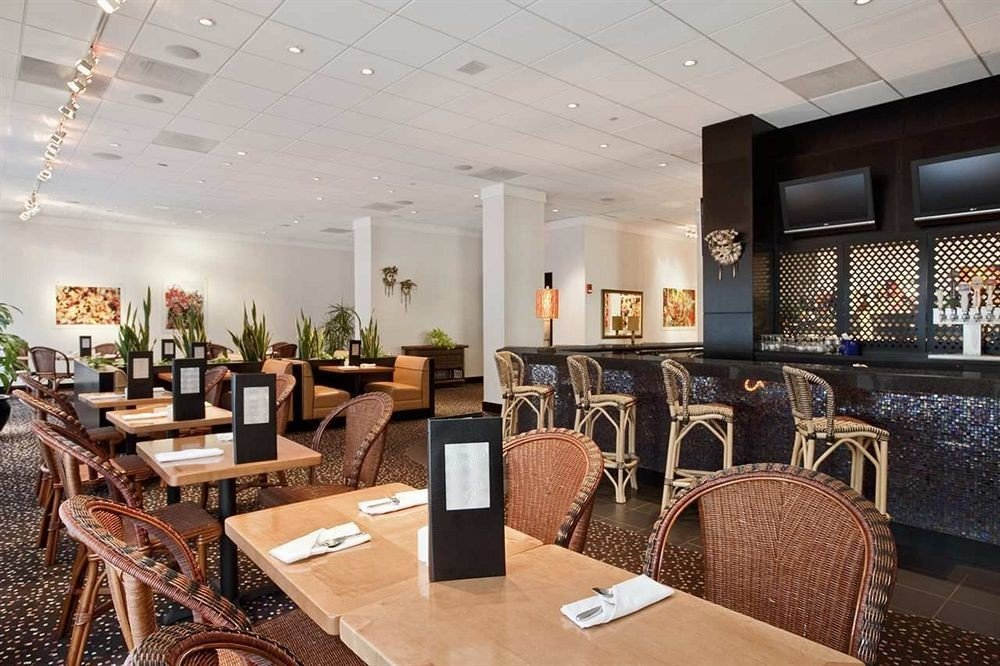 chair Lobby property restaurant living room function hall