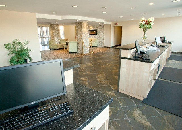 property home condominium Lobby flooring living room computer