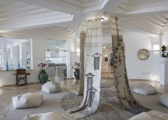 property living room home condominium lighting flooring mansion Lobby