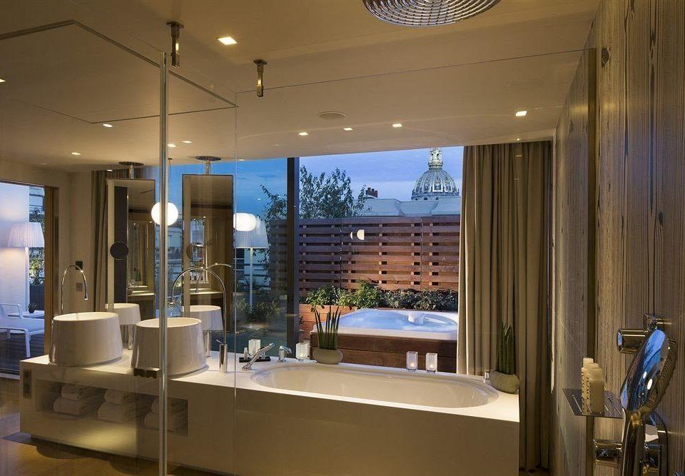 property Lobby condominium home lighting restaurant glass