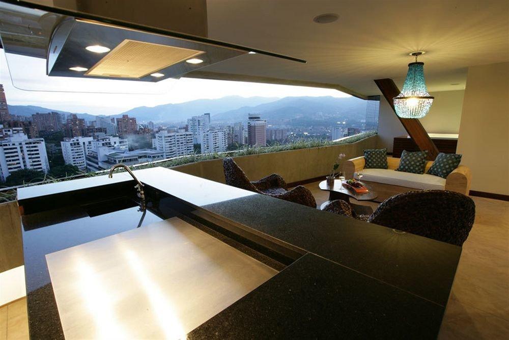 property lighting home restaurant yacht Lobby condominium living room