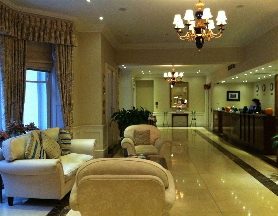 Lobby property living room home condominium mansion