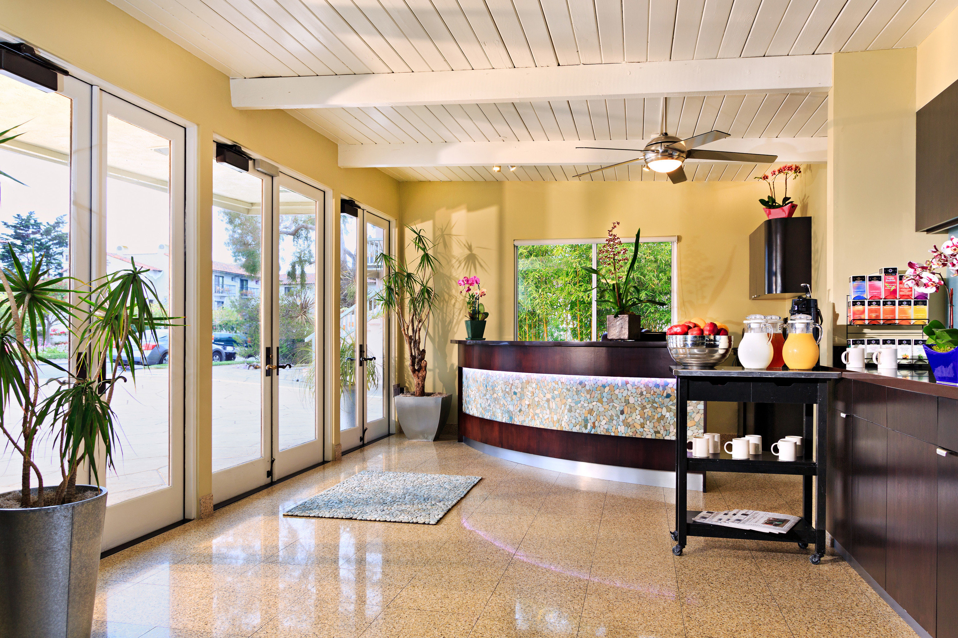 Inn At East Beach Santa Barbara Ca