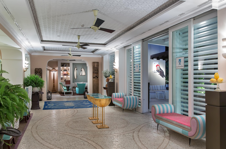 Lobby property home living room condominium