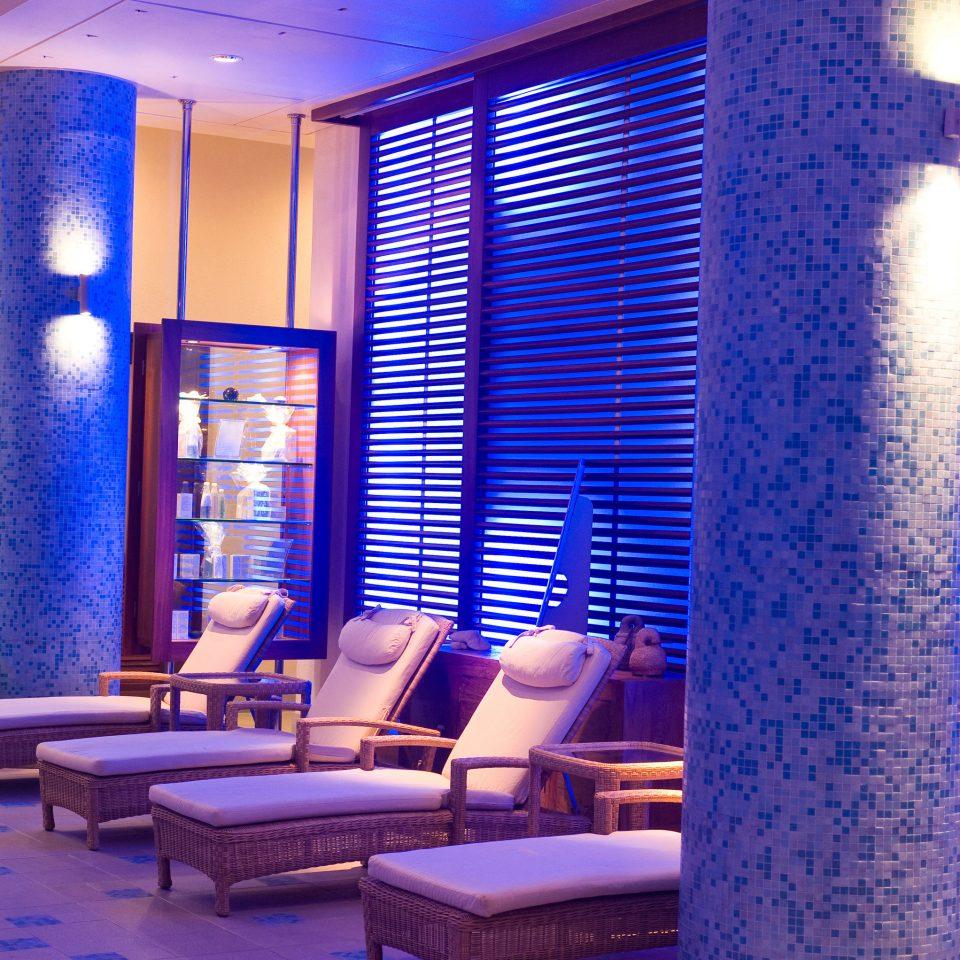 condominium lighting living room Lobby