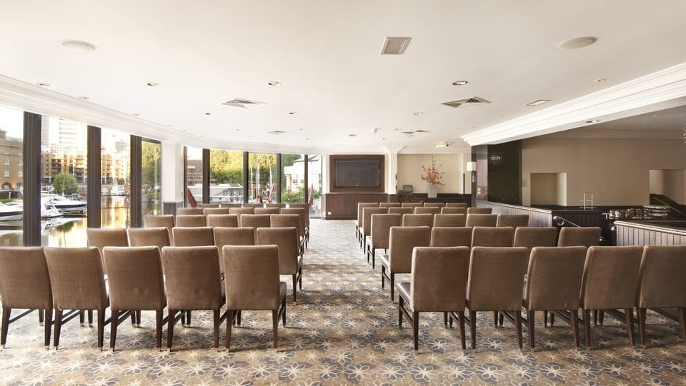 property Lobby function hall conference hall convention center restaurant lined