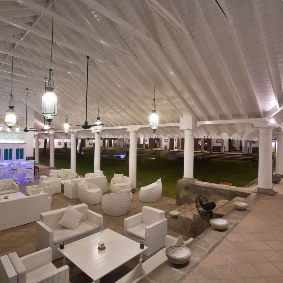Lobby function hall lighting restaurant convention center living room