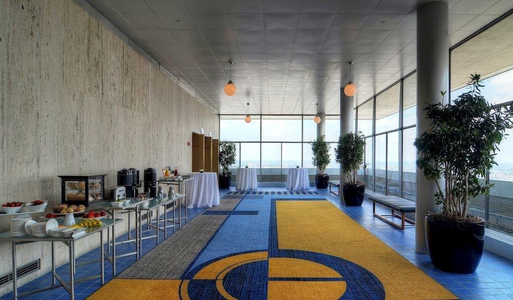 Lobby restaurant convention center
