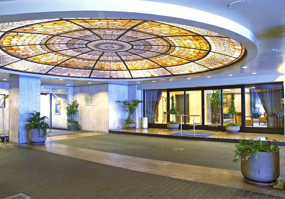 Lobby daylighting glass lighting home