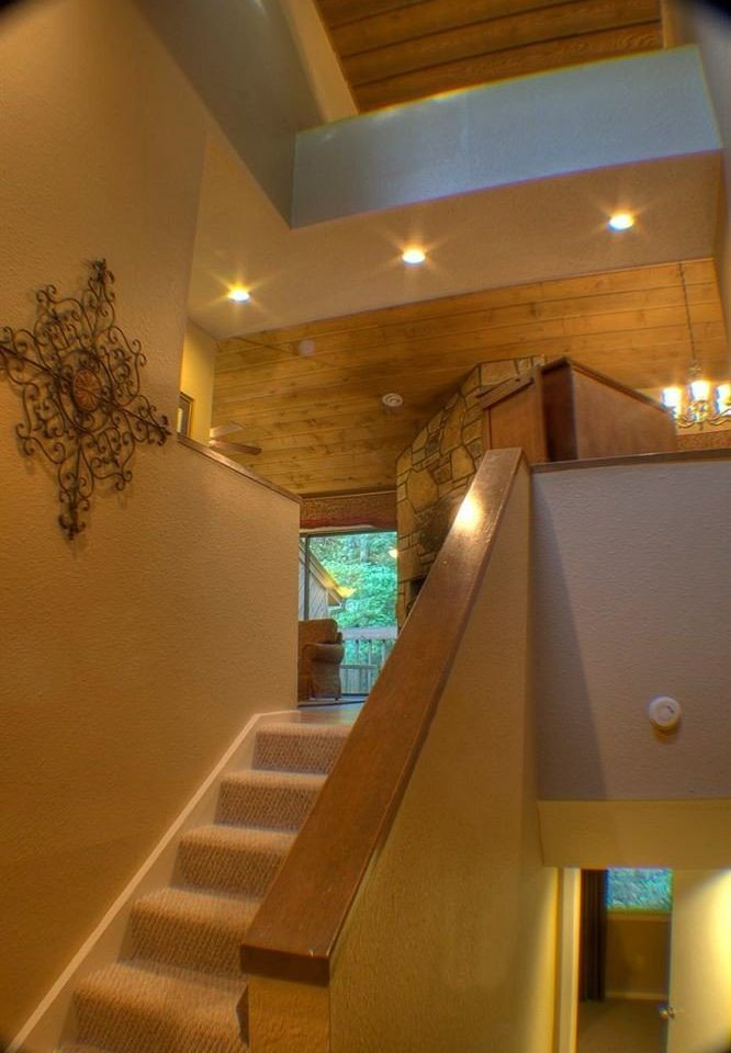 Lobby house stairs daylighting lighting home hall step